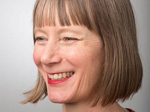 Dr Sarah Bennet